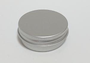 メンタム缶の外観